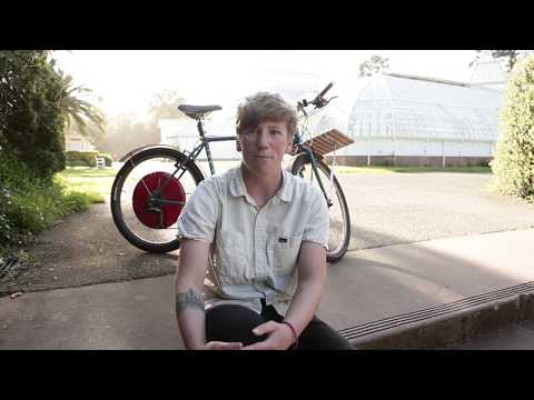 Lizzie, a Copenhagen Wheel owner in the Bay area