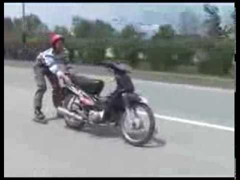 Biểu diễn moto - WebYeuThuong.com