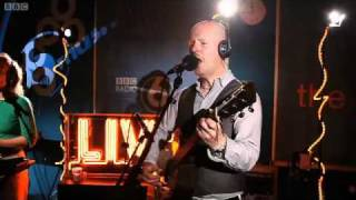 Philip Selway - By Some Miracle (Live at 6Music 31/08/2010)
