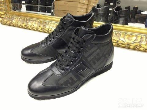 В интернет-магазине babadu можно купить утеплённые демисезонные ботинки для детей любого возраста!. Заказывайте детские ботинки на весну и осень с доставкой по низким ценам.