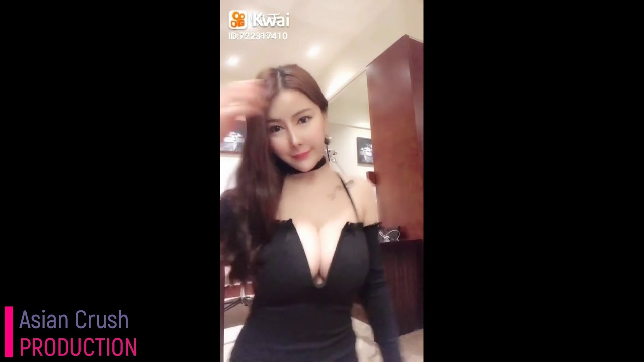 Chinese girls and big tits
