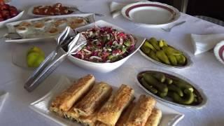 Турецкие родственники в гостях. Как принимают гостей в Турции.