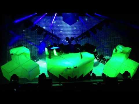 deadmau5 - Strobe @ San Diego Petco Park 10/28/11 [HD]