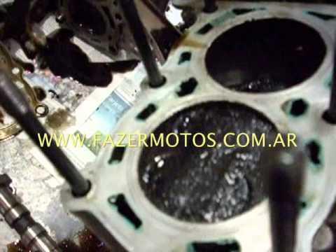 Fazermotos muestra un Yamaha FZR 600 R porque no arranca al no tener compresión