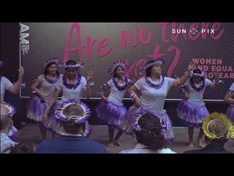 Beautiful Kiribati dancing