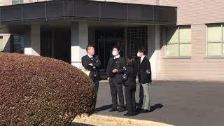 未契約の裁判傍聴をした後の恒例の動画撮影を裁判所の敷地外で撮影をし...