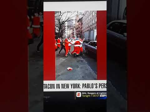 Walton And Johnson - Santa Brawl: Drunk Santas Fight in the Streets of Jersey (video)