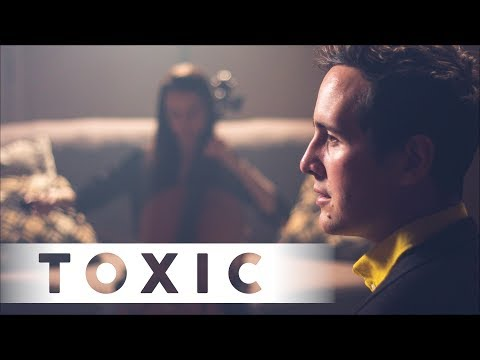 TOXIC - Britney Spears (KHS, Casey Breves Cover)