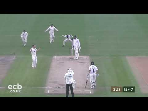 Sussex CCC v. Gloucestershire - Specsavers County Championship - Day Three