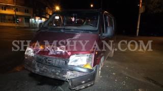 Ավտովթար Երևանում  «Մեդլայն» բժշկական կենտրոնի մոտ բախվել են Ford transit ը ու Mercedes ը