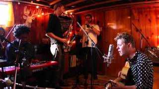 Anderson East: Devil in Me | Peluso Microphone Lab Presents: Yellow Couch Sessions