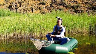 КАКАЯ ОНА ЗДЕСЬ БЕШЕНАЯ Рыбалка на ЩУКУ с лодки ПОПАЛИ на ЖОР ЩУКИ