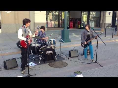 Teenager band in LA [HD]