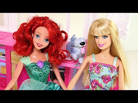 Barbie's Glam Getaway House Disney...