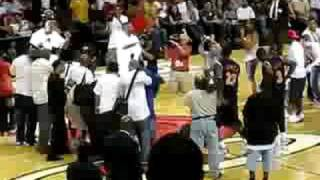 Dwyane Wade and Lebron James Dancing #1