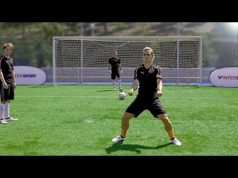 freekickerz vs Antoine Griezmann - Penalty Football Challenge
