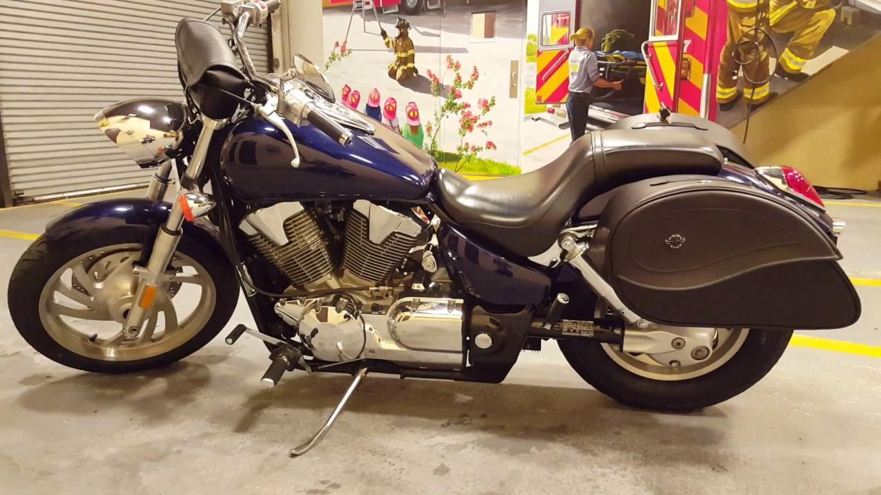 2007 Honda VTX 1300C Motorcycle Saddlebags Review   Vikingbags.com