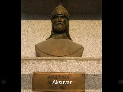 Statue of Turkic Leader In Söğüt
