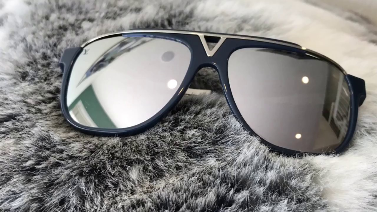 383d54e43e2bb Louis Vuitton Mascot Sunglasses Review - YouTube
