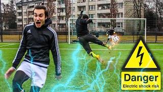 ELEKTROSCHOCKER FUßBALL CHALLENGE!!!