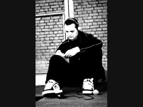 Fokus & Netsky - Smsy Memory Lane (Fakestep DNB Blend) mp3