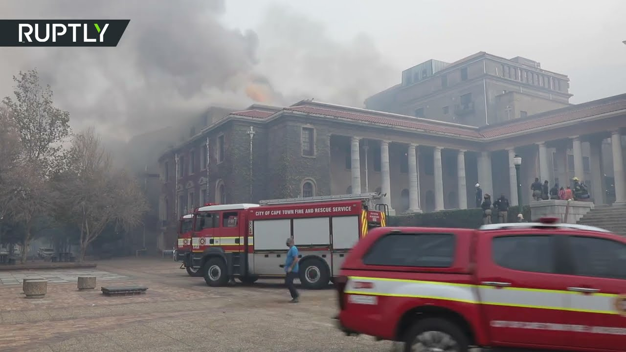 حريق هائل في جامعة كيب تاون وإجلاء الطلاب من الحرم الجامعي  - نشر قبل 37 دقيقة