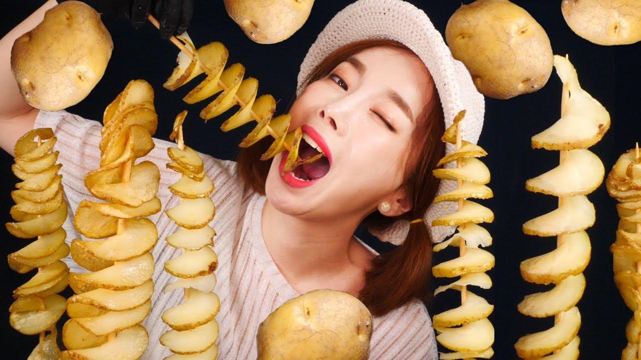 [Mukbang] 직접 만든 30cm 회오리감자🌪🥔Hurricane potato korean street food ASMR eatingshow eatingsound Ssoyoung
