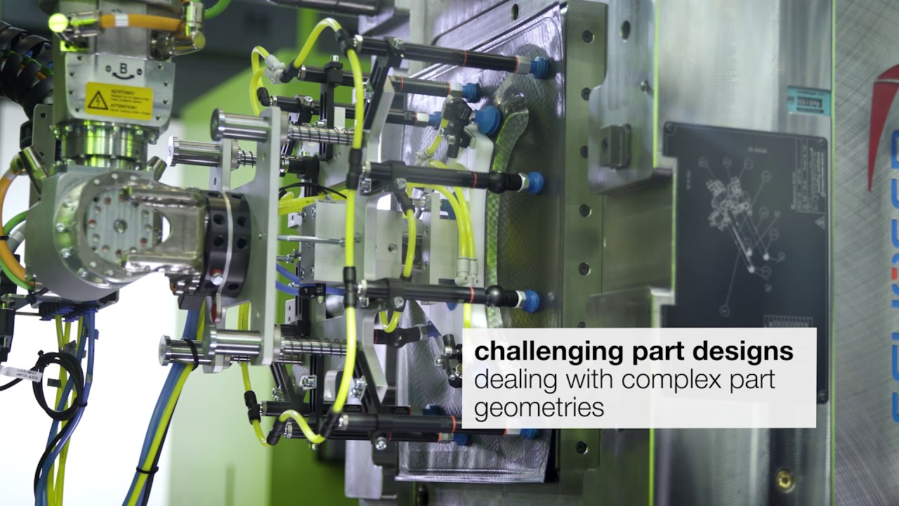 ▷ ENGEL duo large-scale injection moulding machines for large parts