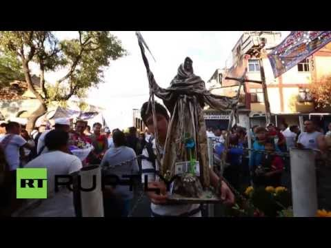 Mexico: Worshipping of 'blasphemous' Holy Death saint continues
