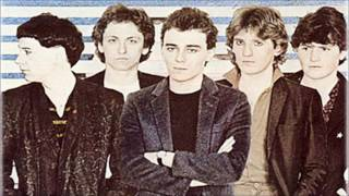 Watch Simple Minds Citizen dance Of Youth video