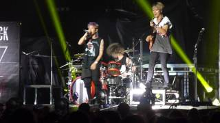 ONE OK ROCK - Suddenly Live in Montreal 160713