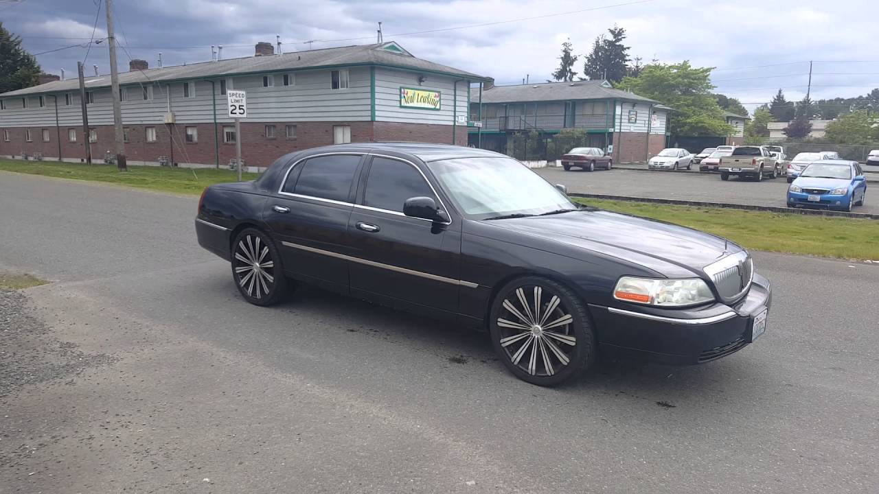 05 Executive Series Towncar On 22s