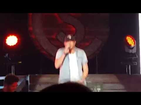 Cole Swindell *Down Home Boys* Memorial Auditorium 3/18/16