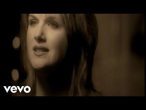 Trisha Yearwood - On A Bus To St. Cloud