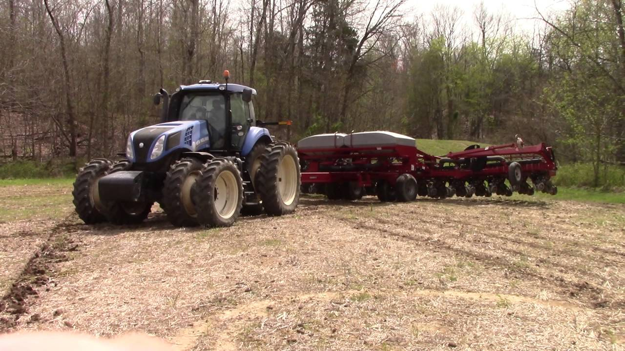 Case Ih 1240 Pivot Planter In Action Youtube