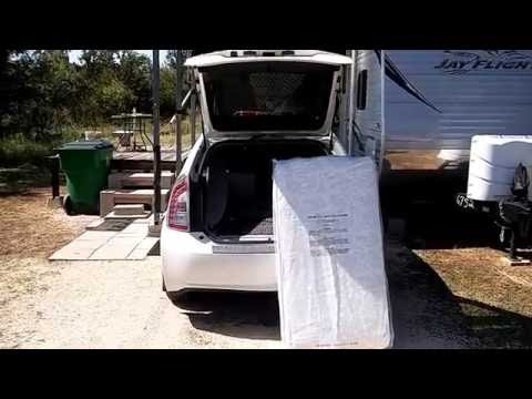 Living Camping In A Old Prius Car