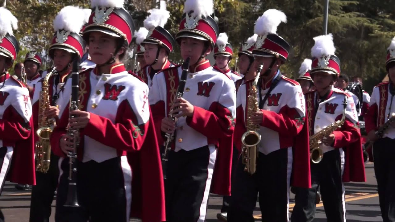 Dinuba Jr High Band Raisin Day Parade