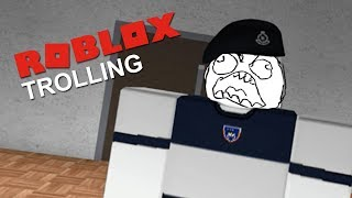 Sneak Into Police Training Centre | Roblox Trolling