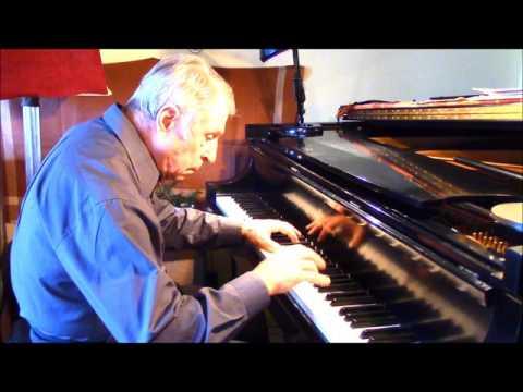 Leo Weiner: 3 Hungarian Folk Dances - Balázs Monoki, piano