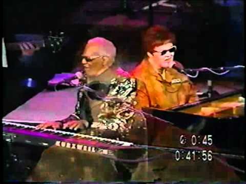 Diane Schuur performs with Ray Charles