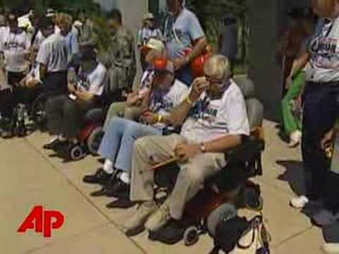 Program Brings WWII Vets to