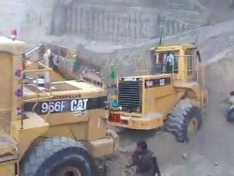 Cat 966F the most powerful wheel loader