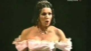 Anna Netrebko As Violetta(, 2007-12-09T10:17:53.000Z)