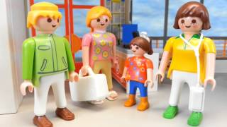 Lisa in der Kinderklinik Playmobil Krankenhaus Operation Film seratus1 stop motion