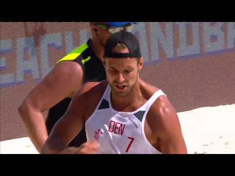 Лучшие моменты матча Дания - Россия пляжного Чемпионата мира в Казани