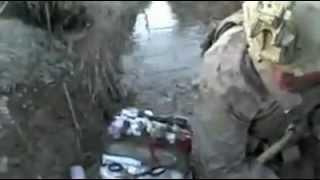 Helmetcam: Marine overlever skud tæt ved halsen