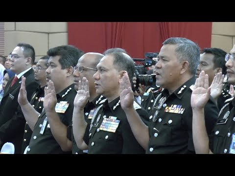 Immigration Dept signs corruption-free pledge