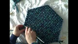 How to weave a hexągon using continuous weaving methods on Lily Speed o Weave loom