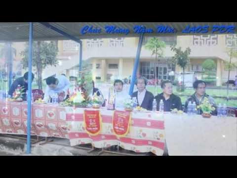 Lao students in Hue ສະບາຍດີປີໄໝ່ລາວ ພ ສ2557