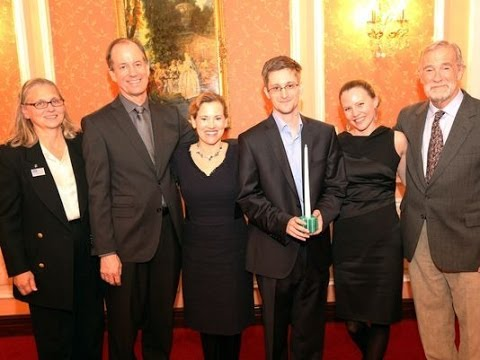 Former NSA, CIA, FBI and DOJ Whistleblowers Meet Edward Snowden in Moscow